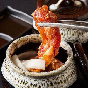 天神にある壺漬けメニューが美味しい焼肉店【焼肉食べ放題 カルビ市場 天神店】
